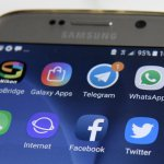 Here's what happened to Telegram, Signal and Snapchat during Facebook's outage